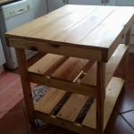 DIY Hand-Built Pallet Kitchen Island
