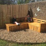DIY Pallet Sectional Bench for Patio and Gazebo