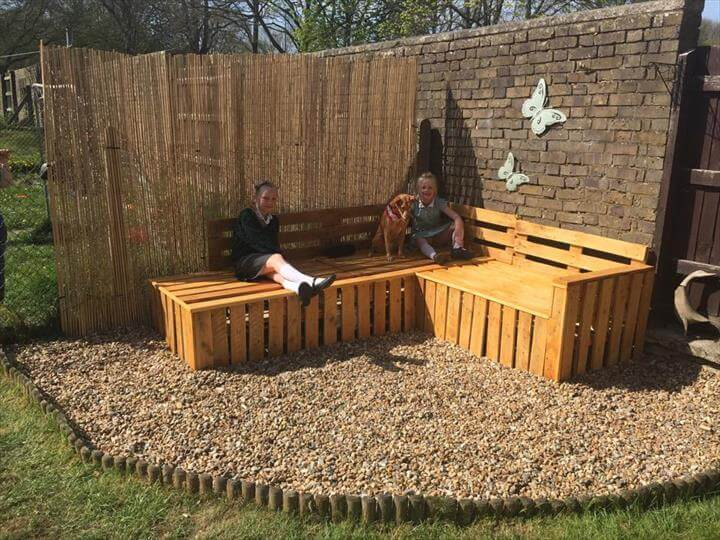 Diy pallet sectional bench for patio and gazebo 99 pallets for Wood pallet gazebo