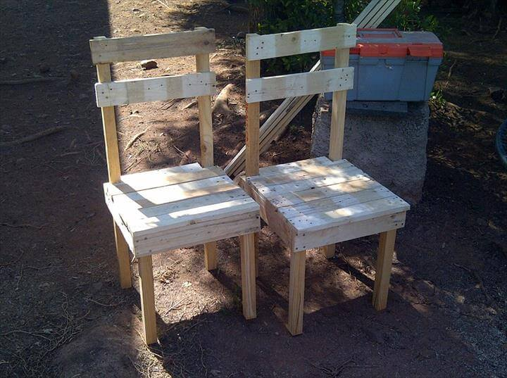 repurposed pallet dining chairs