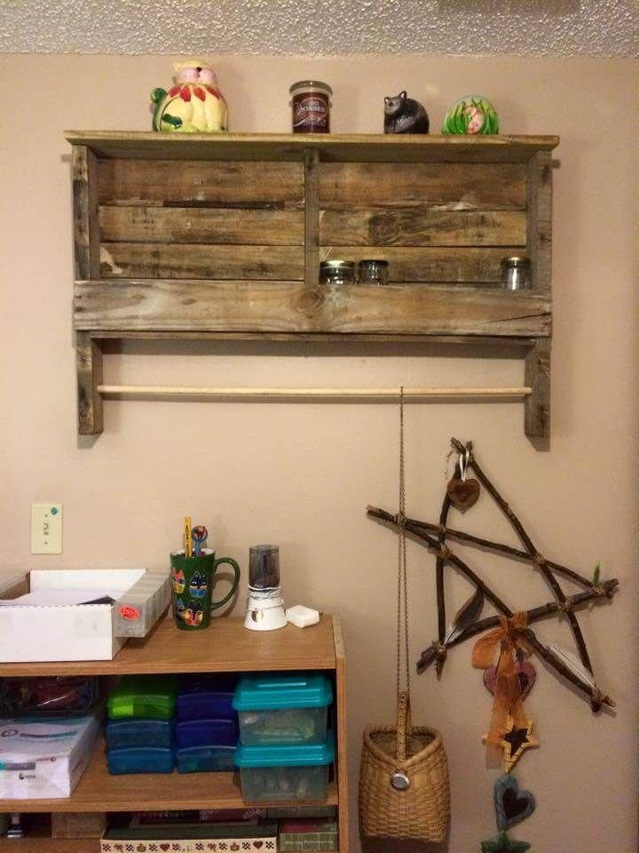repurposed pallet shelf and towel rack