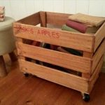 DIY Pallet Rolling Crate for Book Storage