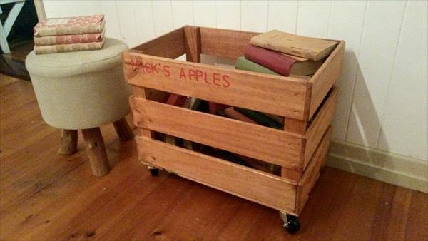 recycled pallet rolling storage crate with wheels
