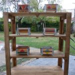 DIY Pallet Shelves with Containers