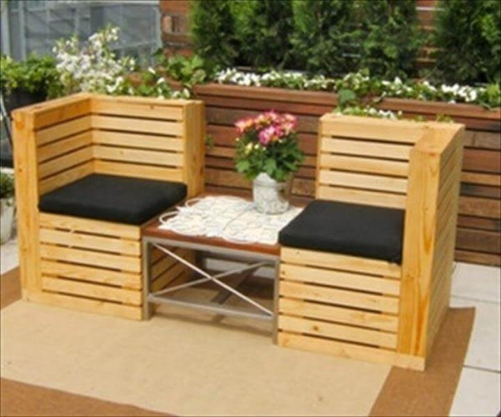 chic pallet cushioned corner seats or patio bench