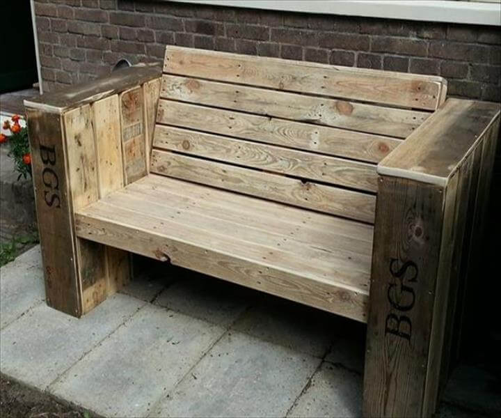reclaimed pallet beefy bench
