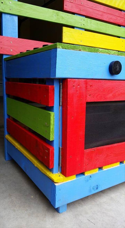 recycled pallet kids kitchen