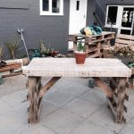 DIY Pallet Garden Dining Table