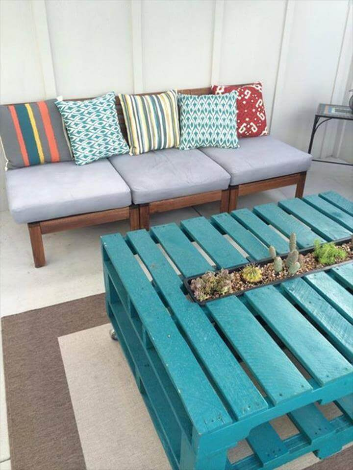 diy pallet sofa and aqua table | 99 pallets