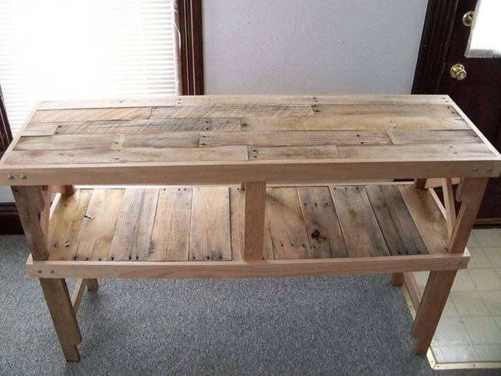 Recycled Pallet Wooden Pallet Table