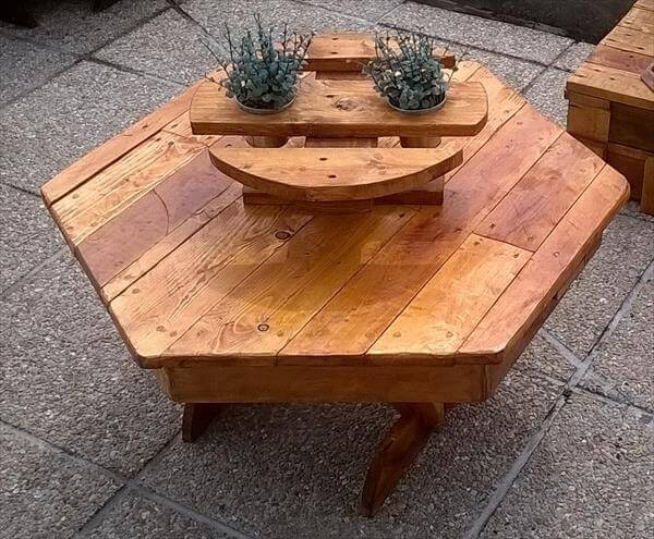 upcycled pallet hexagonal potting table