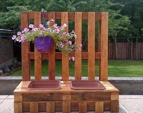 upcycled pallet garden potting bench