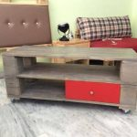 DIY Pallet Coffee Table with a Drawer