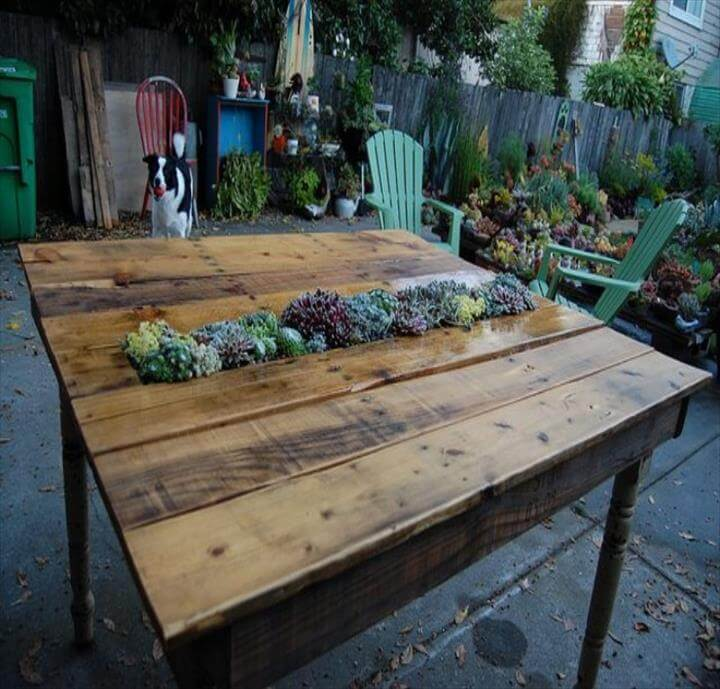 diy pallet table with planter