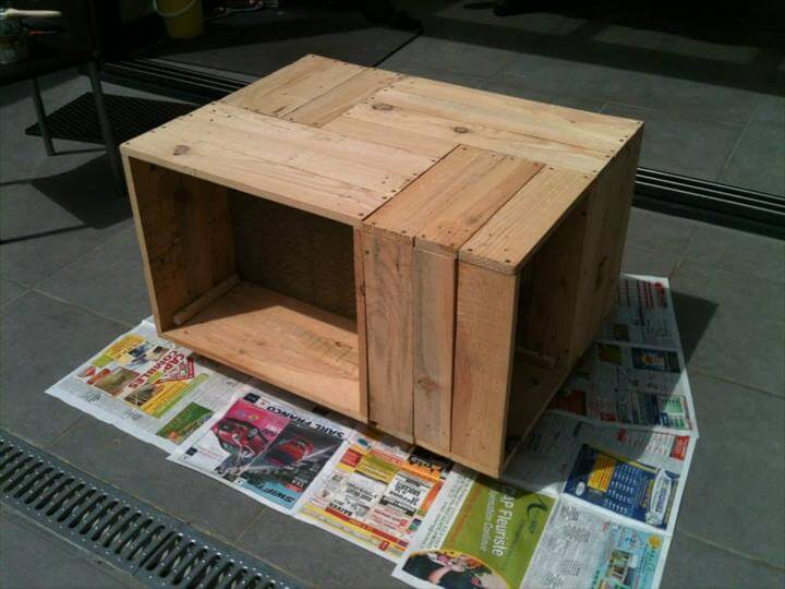 upcycled wooden pallet crate coffee table