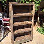 DIY Rustic Pallet Bookshelf / Bookcase