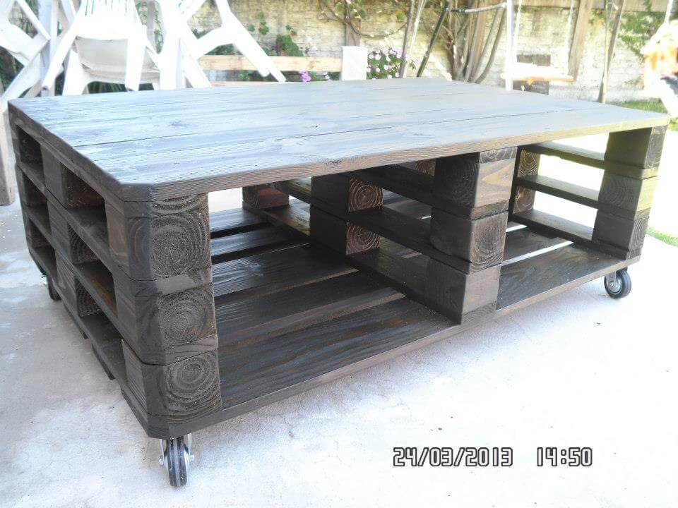 handmade pallet coffee table with wheels
