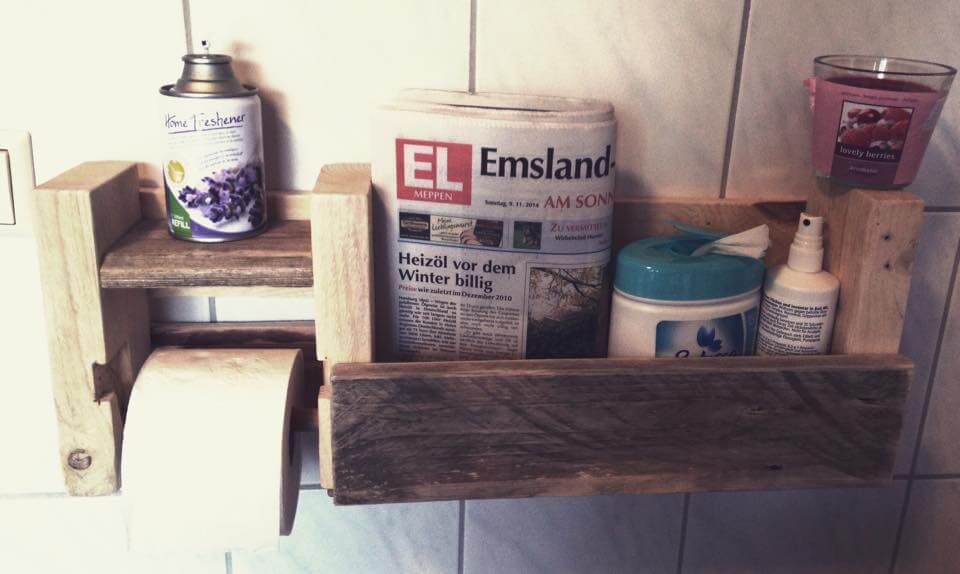 wooden pallet bathroom shelf with toilet paper holder