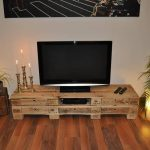 DIY Pallet Low Media Table