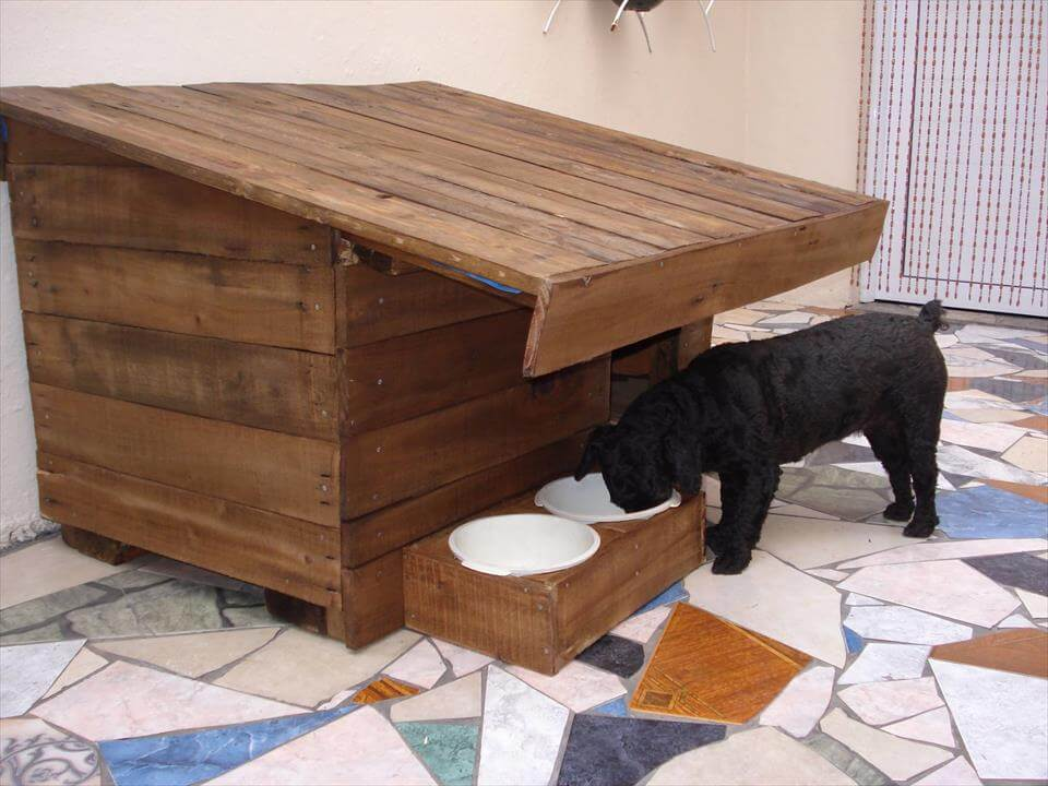 recycled pallet puppy house