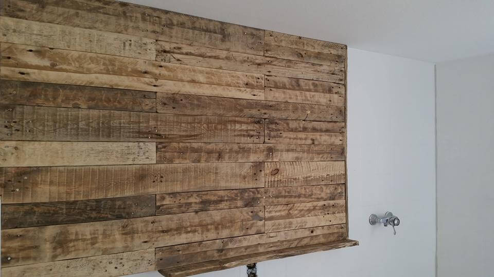 Pallet bathroom wall with mirror and shelf 99 pallets - Wooden pallet accent wall ...