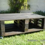 DIY Black Stained Pallet Coffee Table