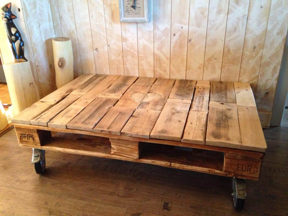 recycled pallet coffee table with wheels and heart candle light inlay