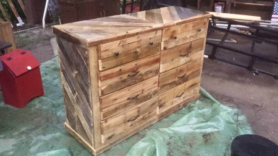 Wooden Pallet Dresser / Chest of Drawers | 99 Pallets