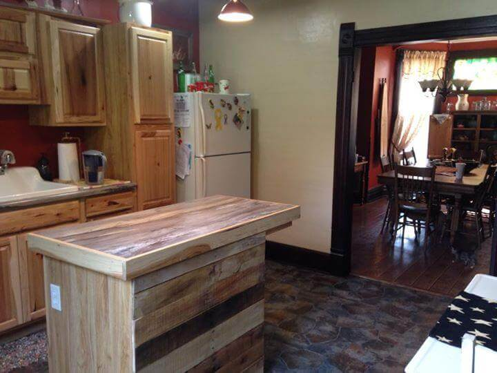 Reclaimed Pallet Kitchen Island Table 99 Pallets