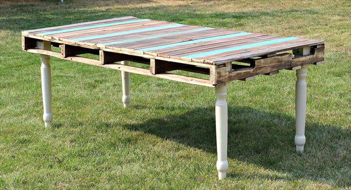 Rustic Pallet And Reclaimed Legs Dining Table