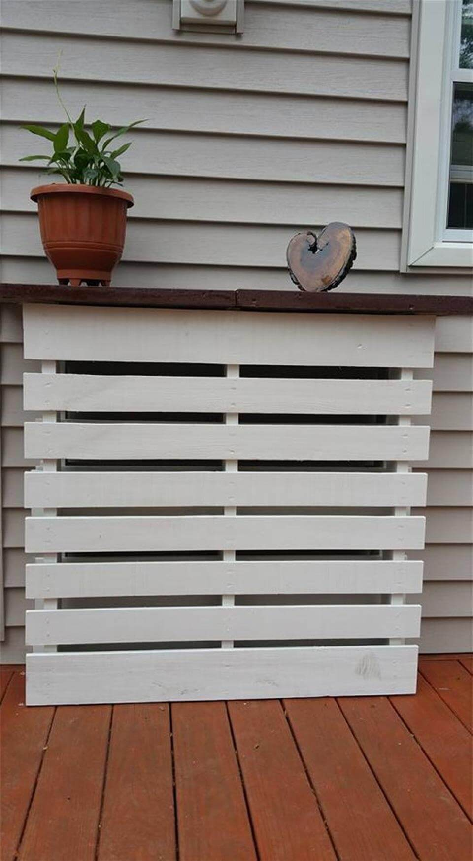 Garden Centre: White Painted Outdoor: Pallet Planter