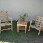 Reclaimed Pallet Patio Furniture Set