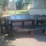 DIY Pallet Outdoor Dining Set