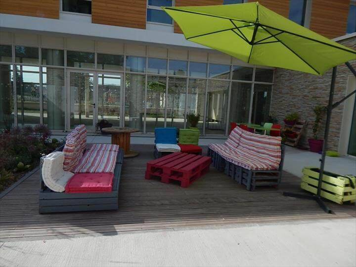 diy pallet garden or patio furniture set 99 pallets