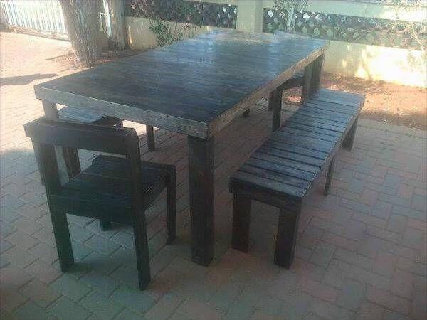 handmade outdoor pallet dining set