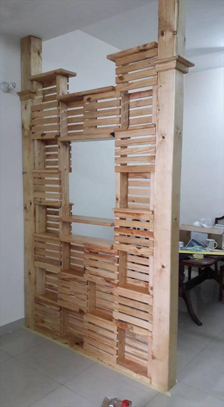 recycled pallet office room divider