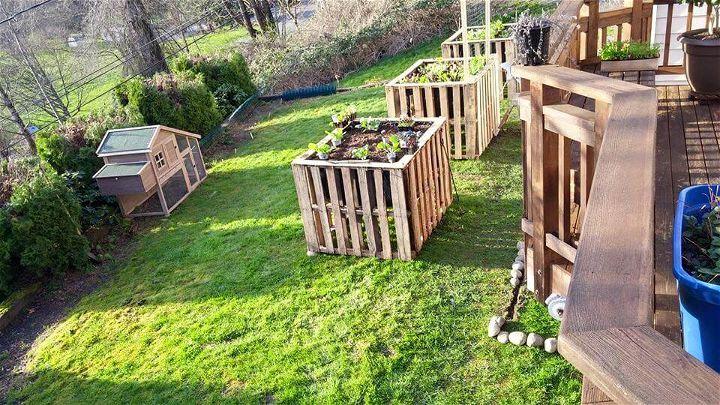 repurposed pallet raised garden beds