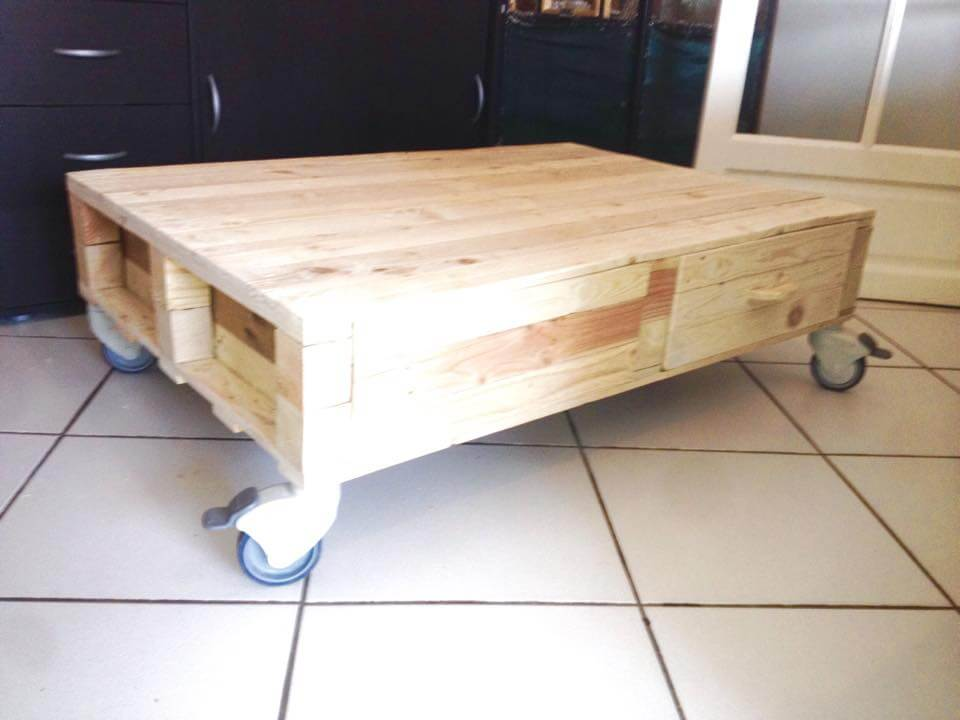 diy pallet coffee table with drawers 99 pallets