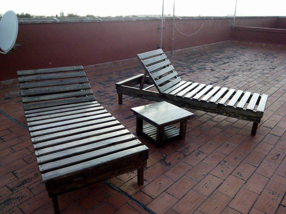 Diy Pallet Chaise Lounge Chairs 99 Pallets