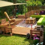 DIY Pallet Garden Furniture and Decor Stuff