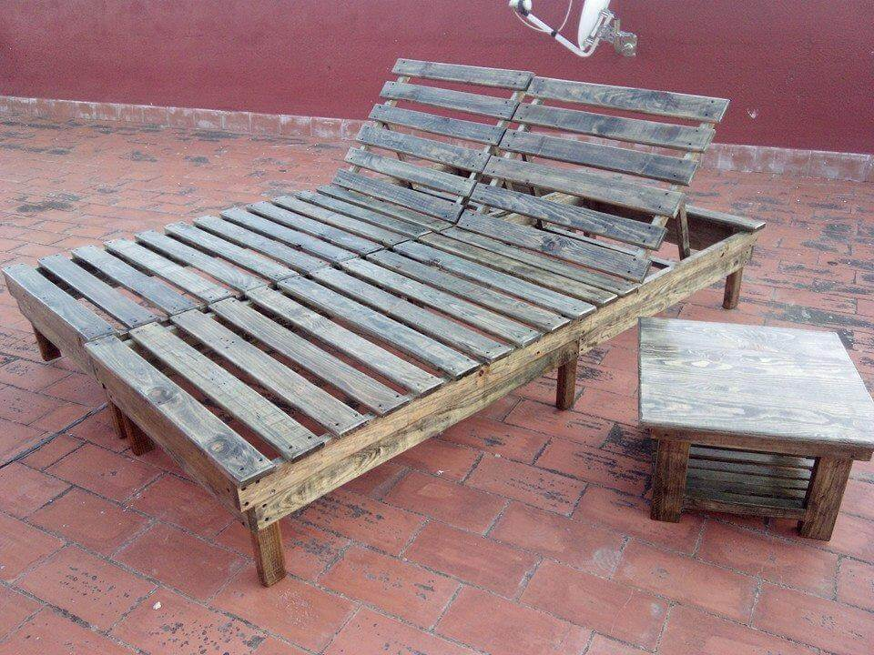 Diy pallet chaise lounge chairs 99 pallets for Chaise pour piscine