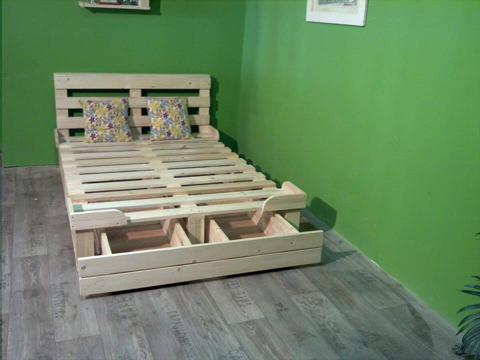diy-creative-pallet-platform-bed-with-storage.jpg