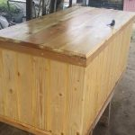Pallet Chest with Inside Chain Supports