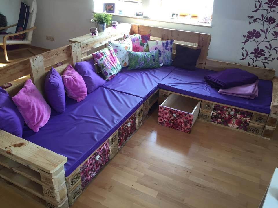 DIY Pallet Sectional Sofa Ideas 99 Pallets