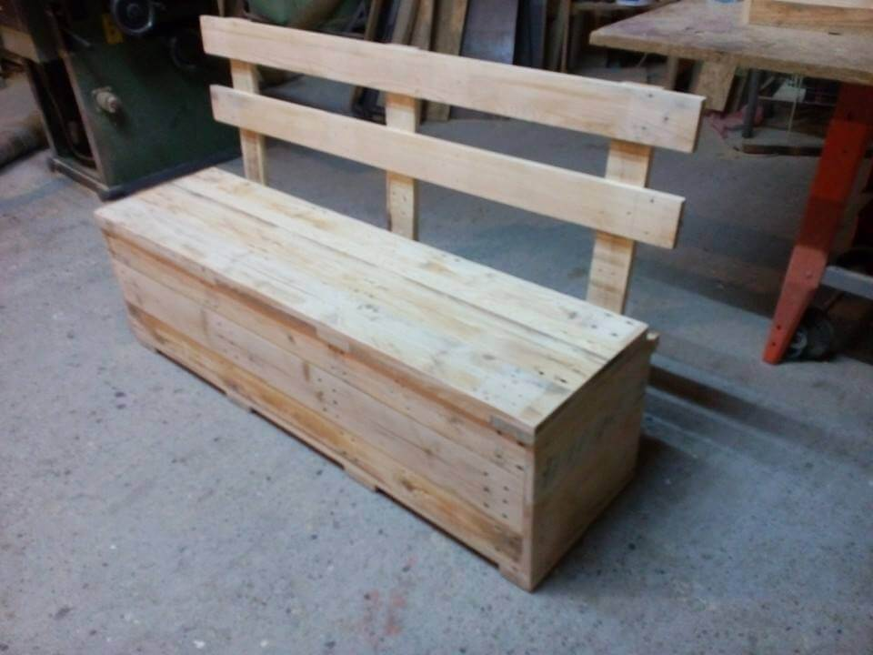 Pallet bench with storage 99 pallets for Building a bench from pallets