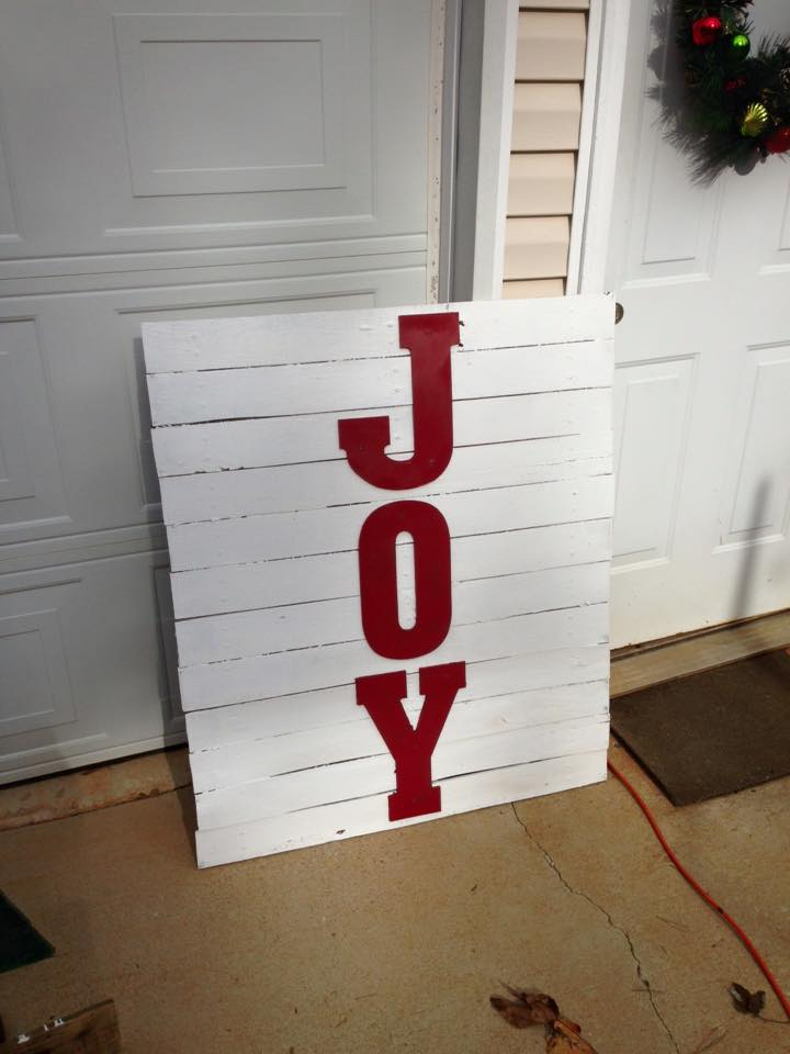pallet quoted decor piece