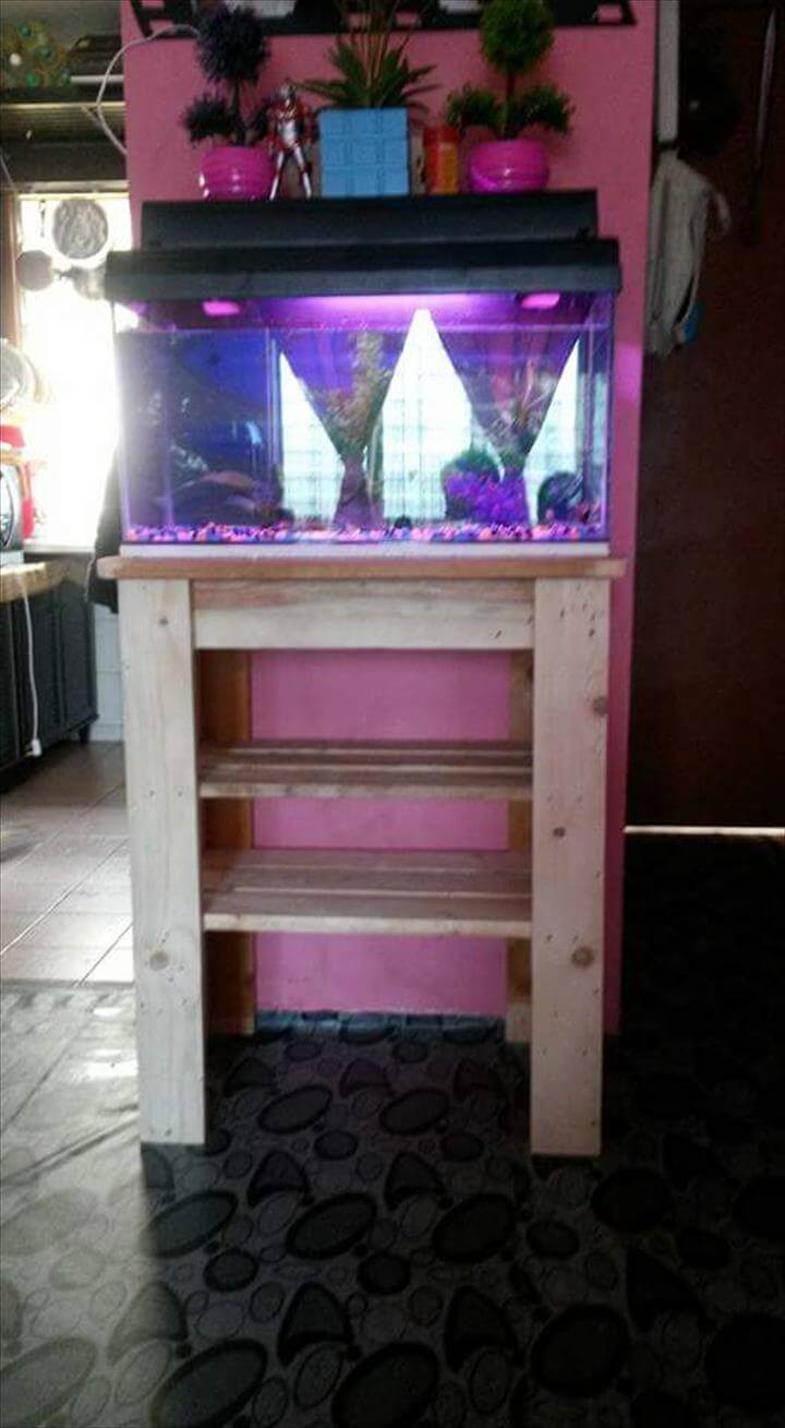 Pallet fish tank stand for Fish tank stand diy
