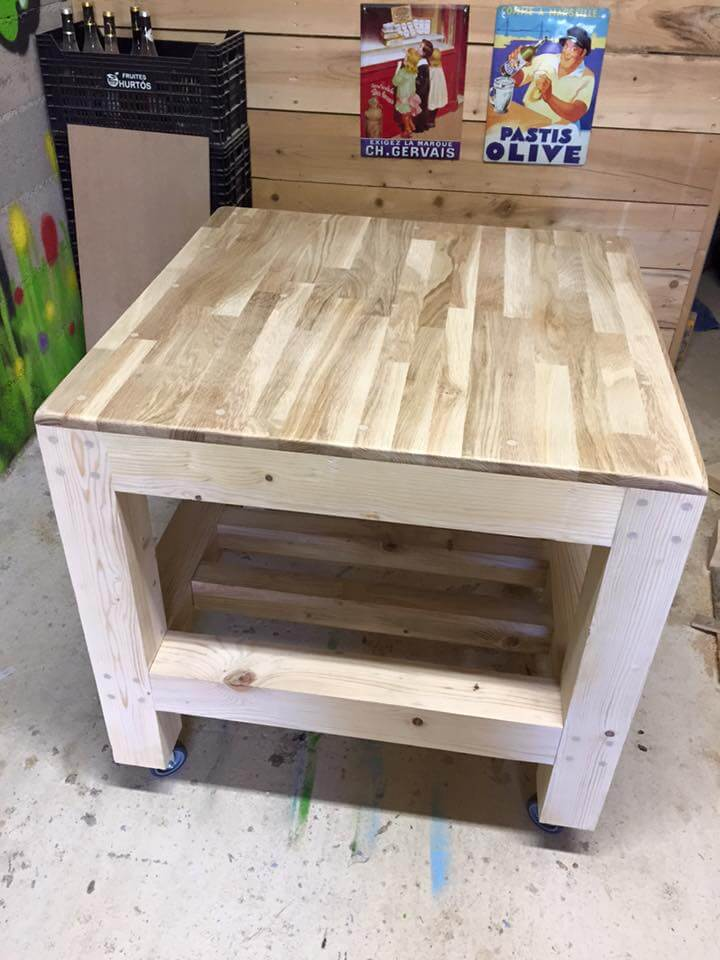 accent pallet coffee table on wheels