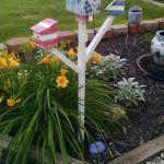 DIY Pallet Garden Tree Style Birdhouses