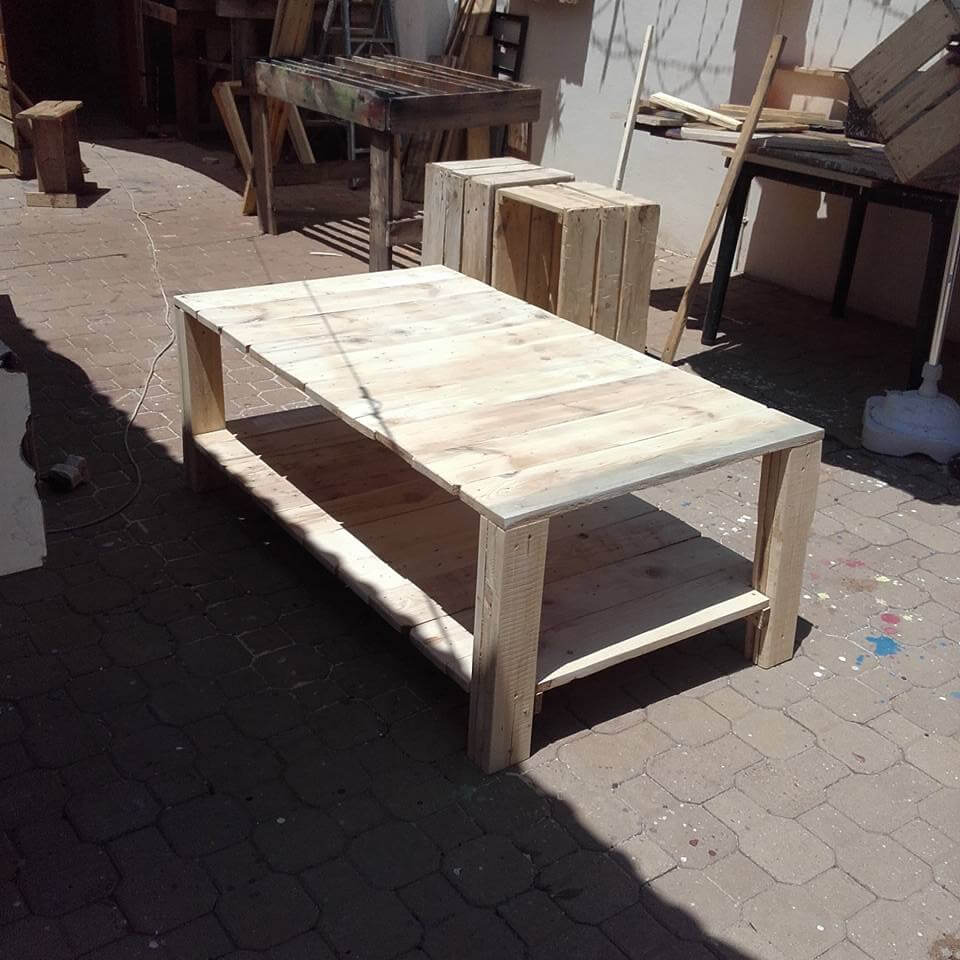 diy pallet xl size coffee table